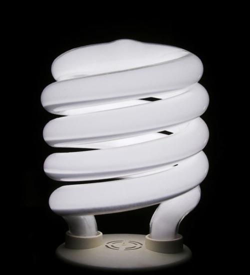 544px-compact-flourescent-bulb-1.jpg
